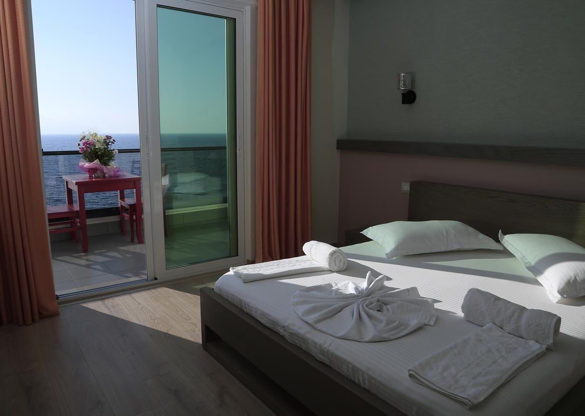 Albania Vlore Picasso Hotel 008
