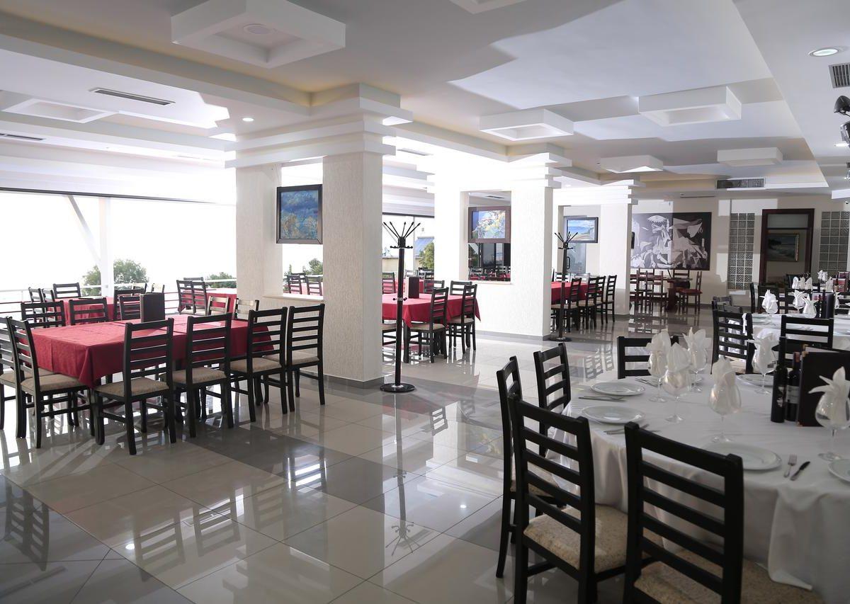 Albania Vlore Picasso Hotel 017b