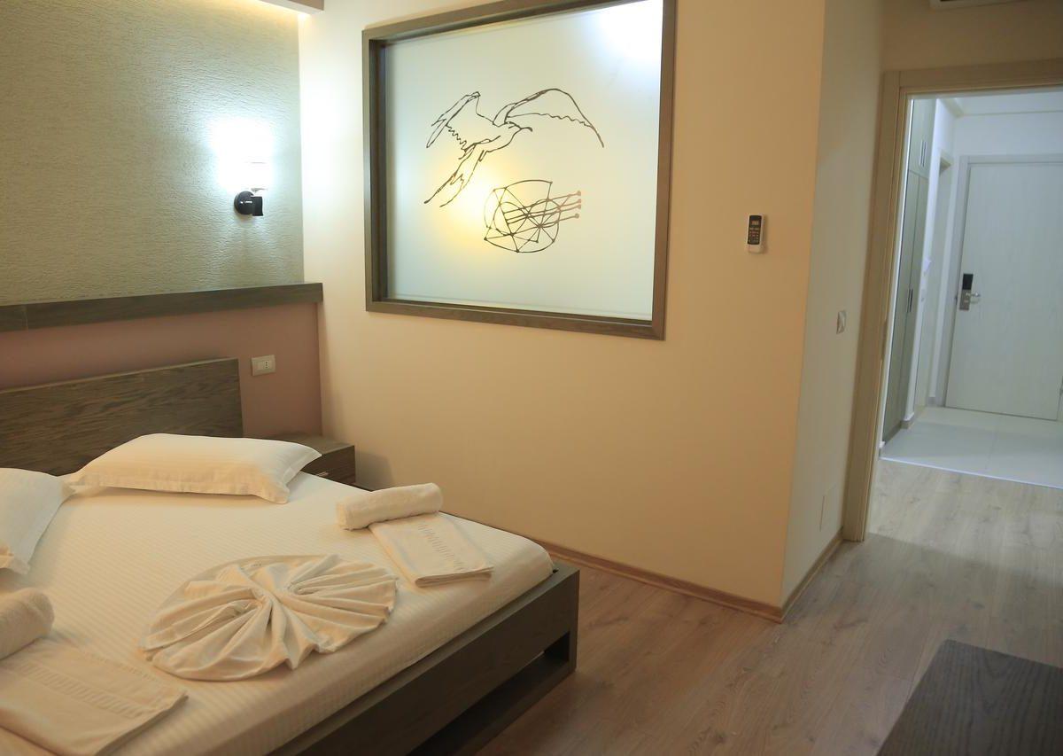 Albania Vlore Picasso Hotel 023