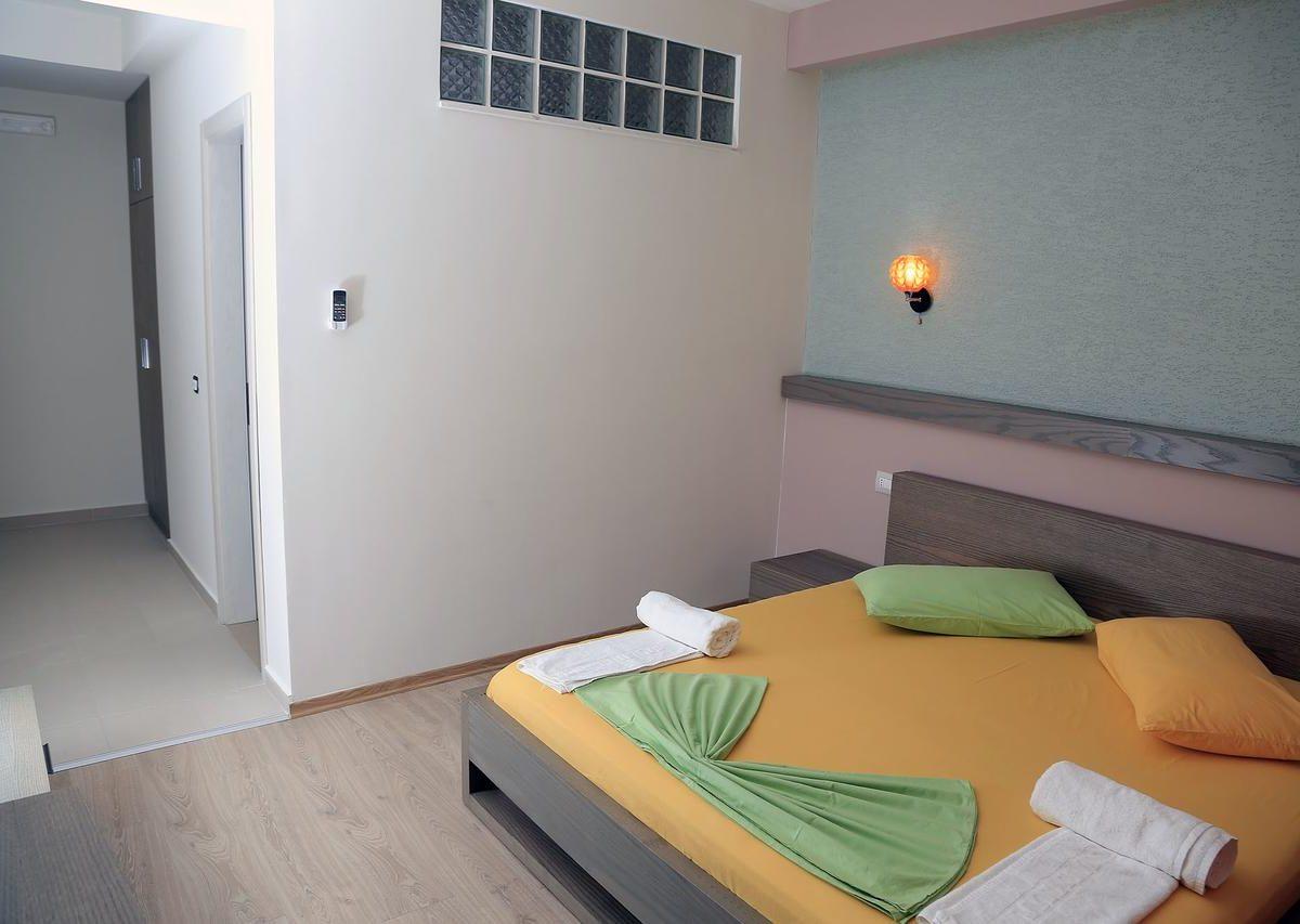 Albania Vlore Picasso Hotel 024