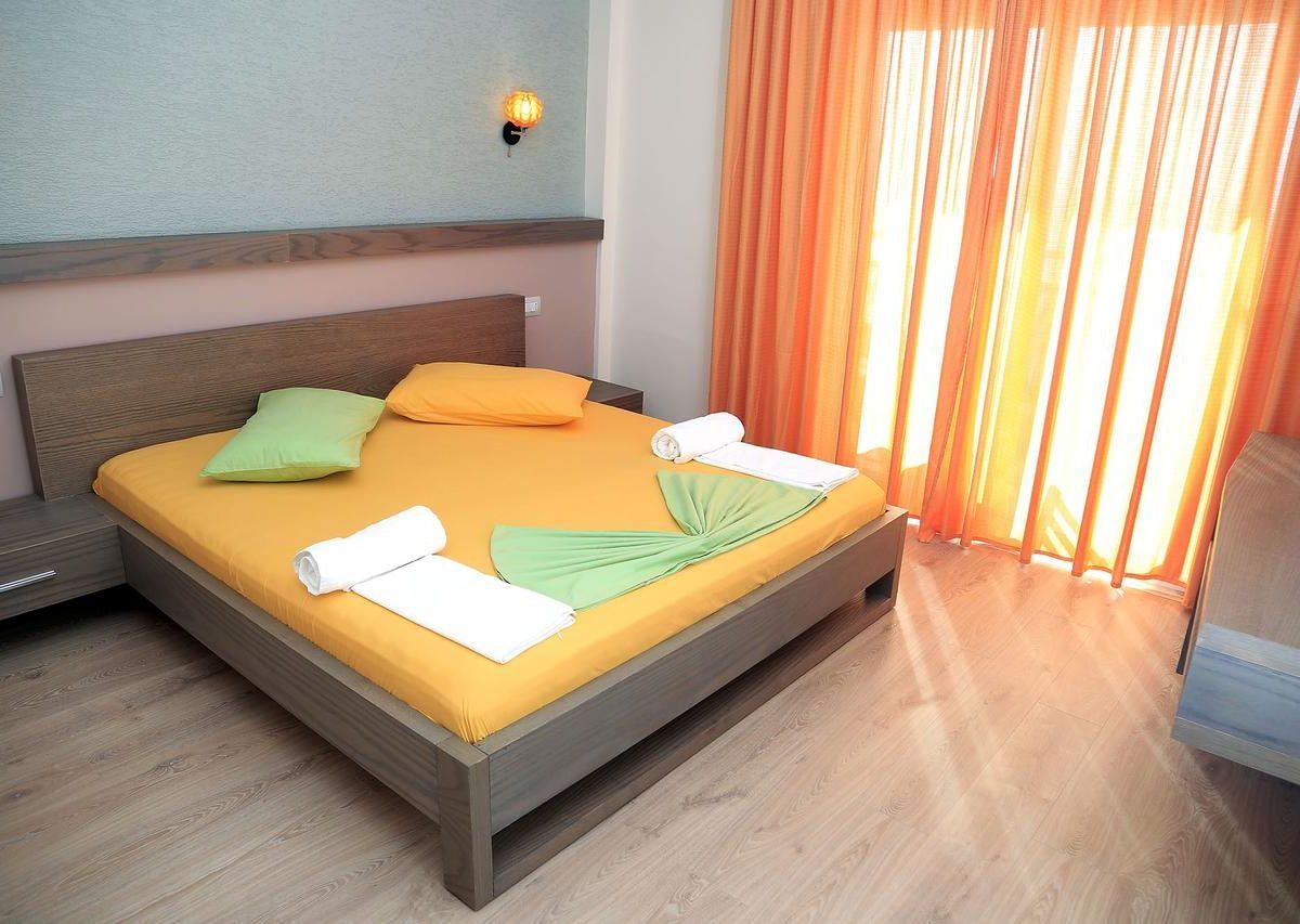 Albania Vlore Picasso Hotel 025
