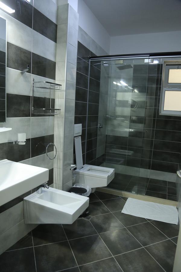 Albania Vlore Picasso Hotel 026
